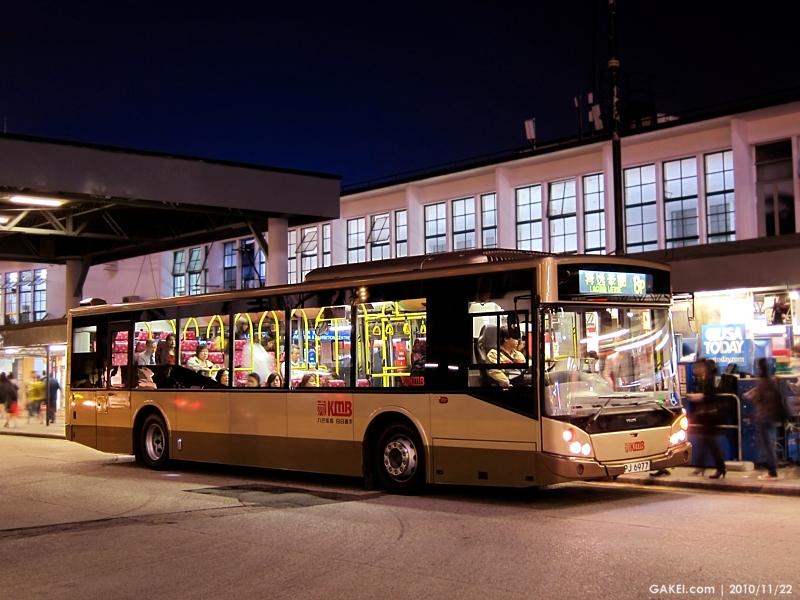 768九龙巴士Kowloon Motor Bus 路线Route: 8P富豪Volvo B7RLE车身高清图片